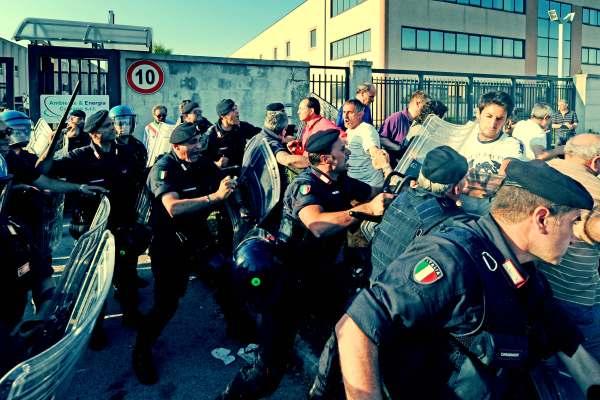 proteste-napoli-tuttacronaca