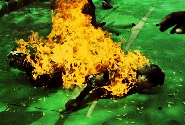 rimini-marocchino-si-dà-fuoco-tuttacronaca