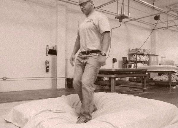 saltare sui materassi