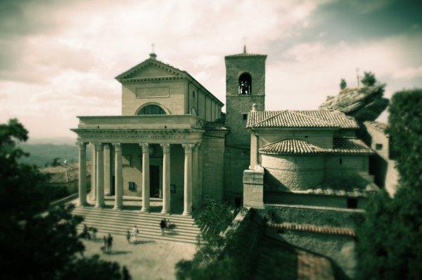 San-Marino-basilica