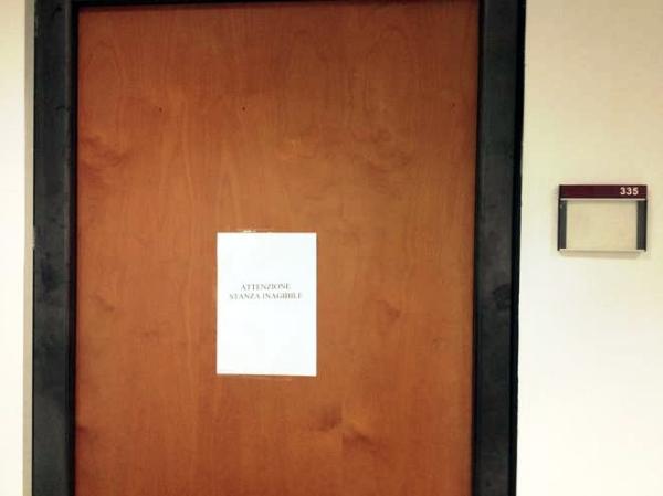 stanza-inagibile-ufficio-patrizio-bianconi-tuttacronaca