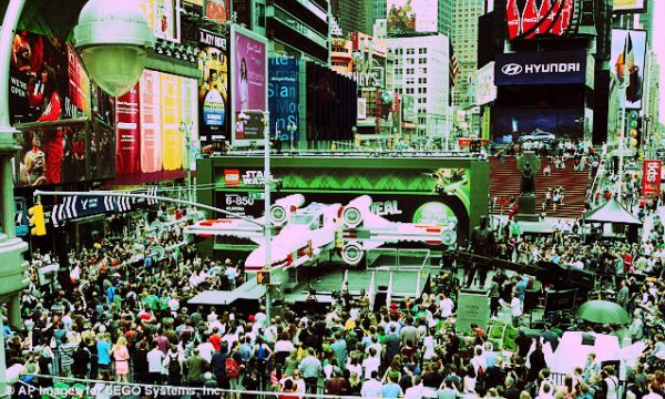 star-wars-time-square