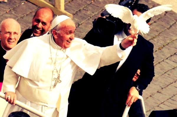 angelo-liberato-dal-diavolo-esorcismo-papa-francesco-tuttacronaca