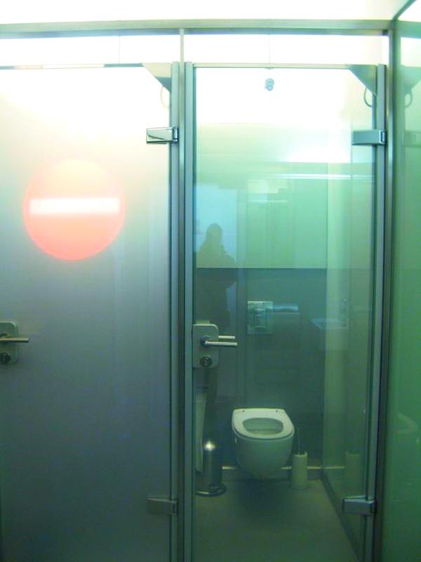 bagni-porta-trasparente-tuttacronaca