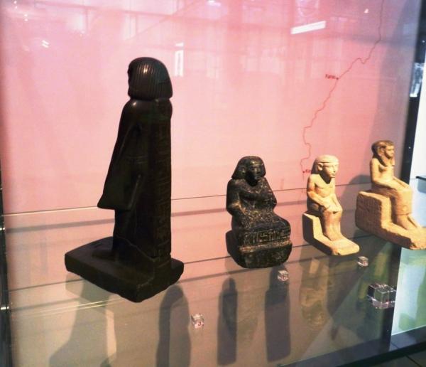 effige-statua-egizia-tuttacronaca
