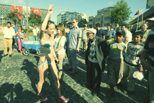istanbul-bikini