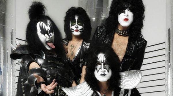 Kiss-operaio-morto