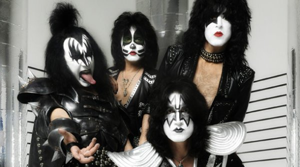 Kiss-operaio-morto