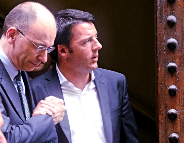 letta-renzi-give-me-five-tuttacronaca