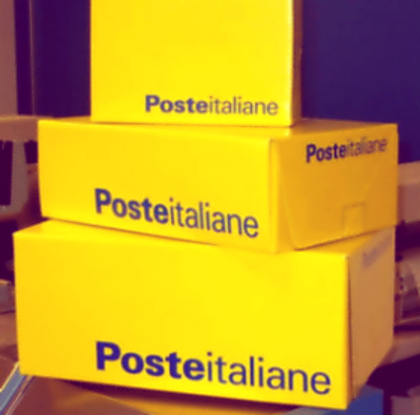 Pacco_postale-manager-posta-tuttacronaca