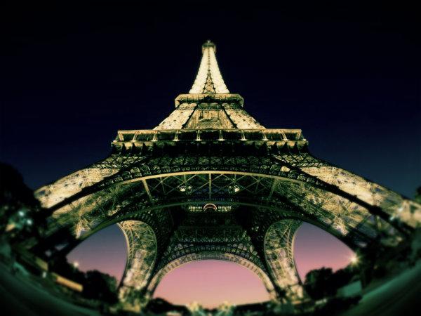 Parigi-Tour-Eiffel