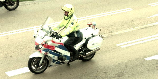 polizia-stradale-moto-tuttacronaca