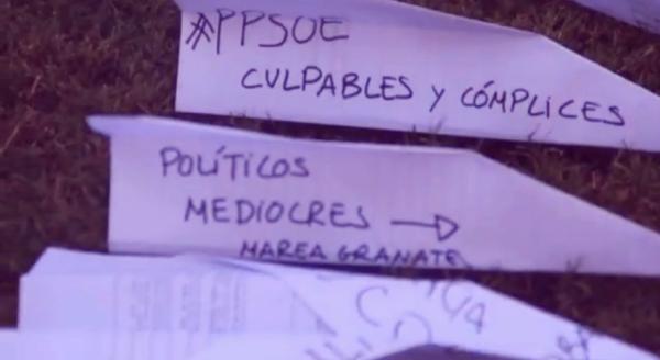 protesta-aeroplanini-di-carta-uruguay-tuttacronaca