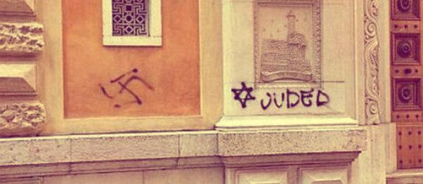 svastiche-sinagoga-verona