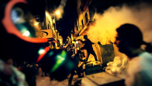 turkish-mask-clashes-tuttacronaca