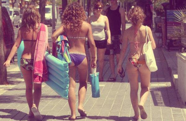 divieto-bikini-tuttacronaca