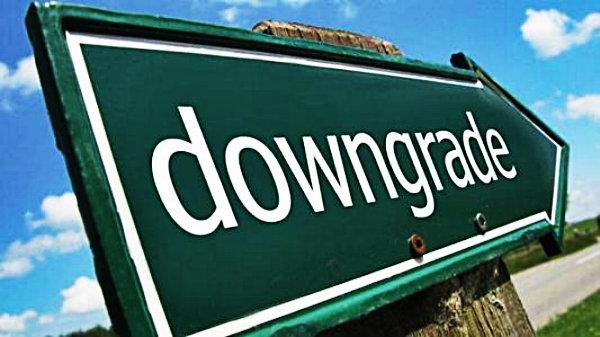 downgrade-declassata-italia-tuttacronaca