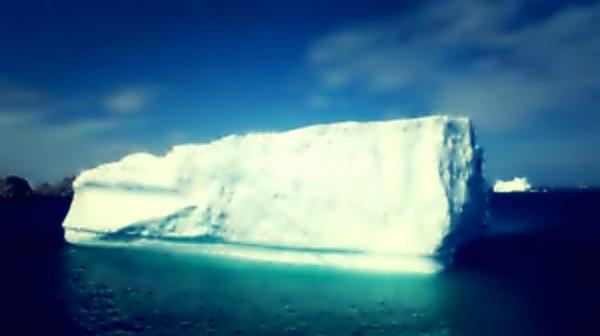 iceberg-tuttacronaca-ghiaccio-distacco-estivo