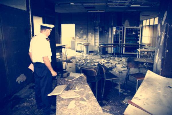 incendio-liceo-socrate-roma-bocciatura-vendetta-tuttacroanca