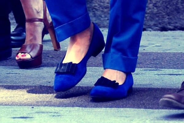 lapo-elkann-mocassino-blu-scarpa-tacco-tuttacronaca