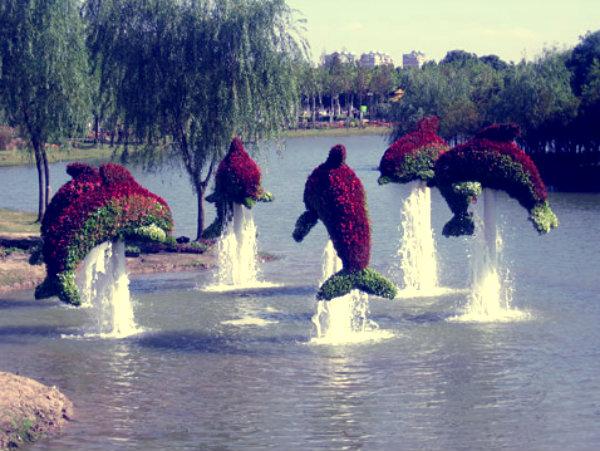 Mosaiculture Internationales Montrial-sculture-siepe-foglie-scultura-tuttacronaca