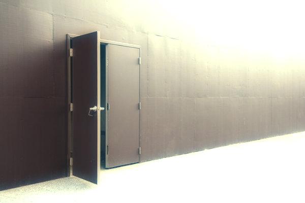 open-door-tuttacronaca