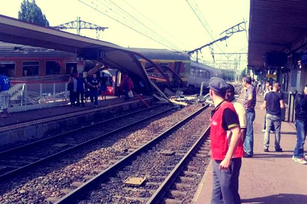 treno-deragliato-a-parigi-tuttacronaca