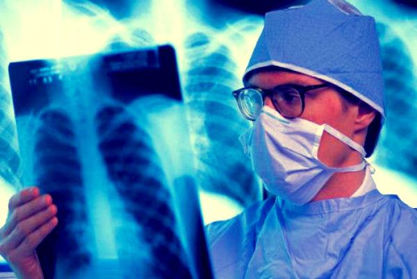 uomo-ricoverato-problema-ortopedico-antidolorifico-torino-infarto-tuttacronaca