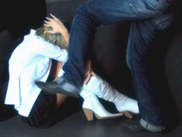 violenza-donna-tuttacronaca-albanese