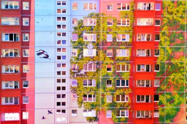 berlino-murales-edificio-tuttacronaca