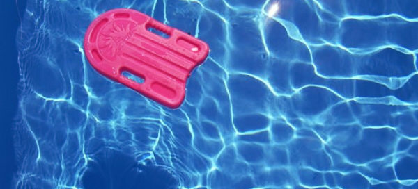bimba-annegata-piscina-pisa-tuttacronaca