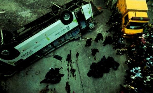 bus-brazil-brasile-precipita-da-un-viadotto-tuttacronaca