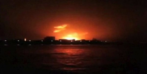 Esplosione su un sottomarino in India: almeno 18 morti