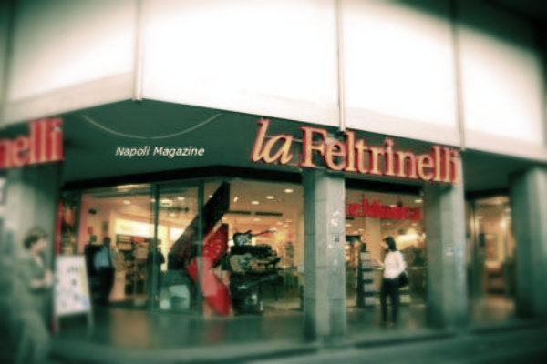 feltrinelli-napoli-tuttacronaca