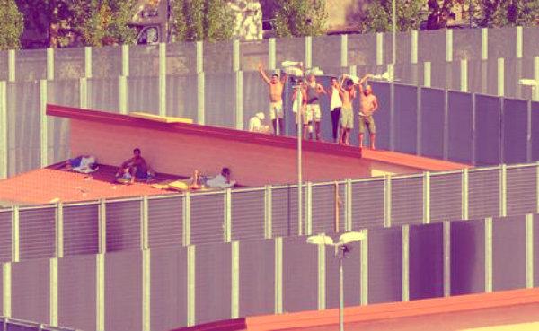 immigrati-crotone-cei-chiuso-tuttacronaca