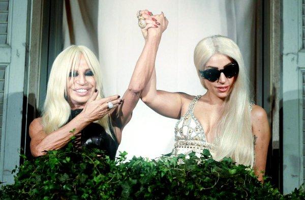 Donatella Lady Gaga Canzone