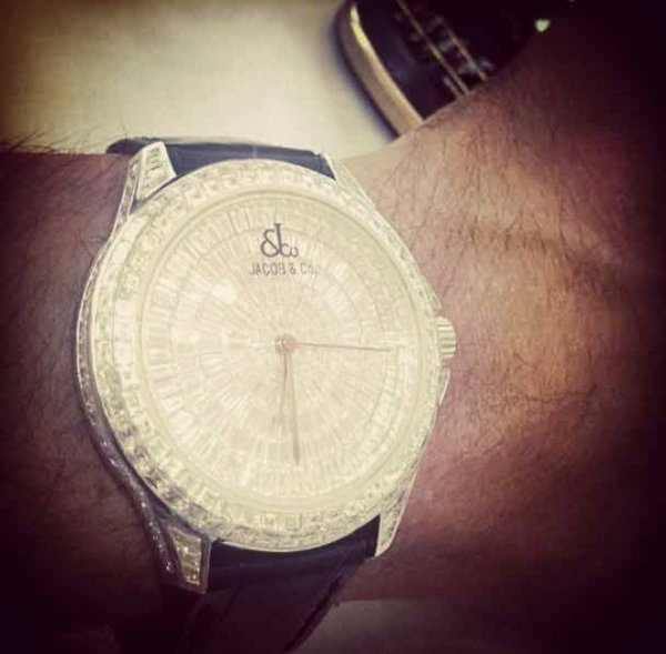 orologio-furto-tuttacronaca