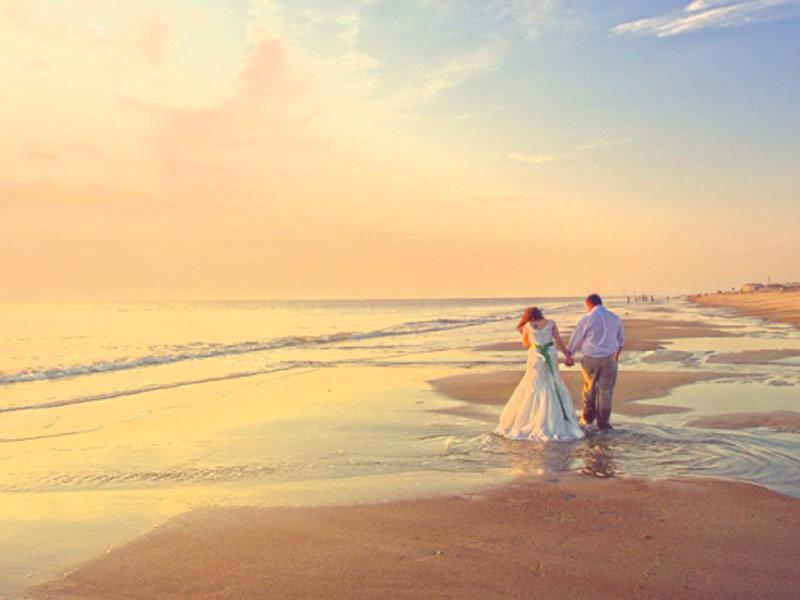 """Matrimonio In Spiaggia Ostia : Matrimonio in spiaggia ad ostia arriva il fatidico """"sì"""