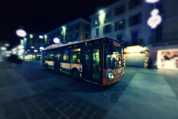 rissa-sul-bus-tuttacronaca