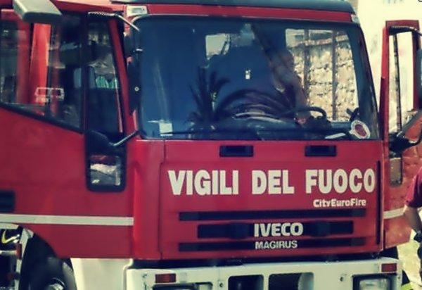 vigili-del-fuoco-appartamento-livorno-tuttacronaca