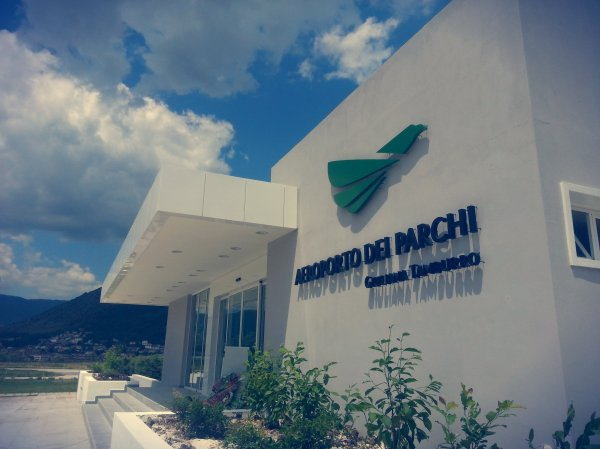 aeroporto-dei-parchi-tuttacronaca