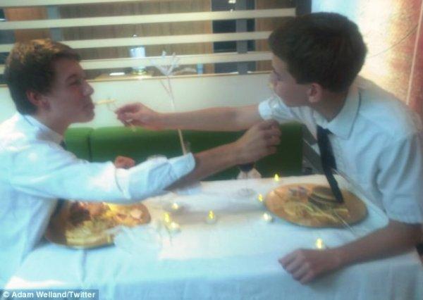 cena-romantica-mcdonalds-tuttacronaca