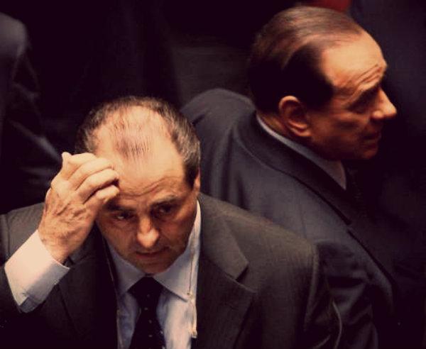 Di-Pietro-Berlusconi-denuncia-tuttacronaca