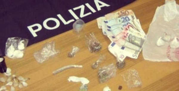 droga_e_soldi-appartamento-hoffmann-tuttacronaca