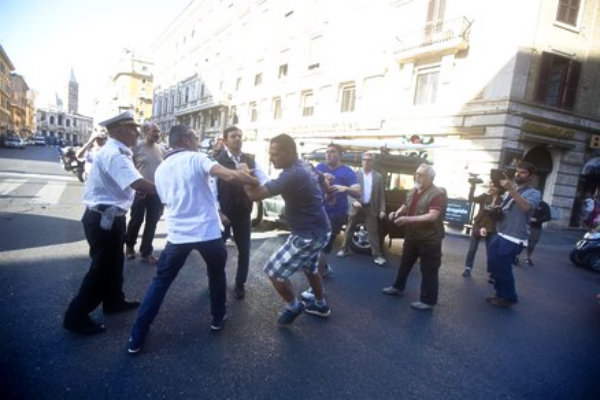 fori-occupy-esquilino-via-merulana-proteste-pedonalizzazione-tuttacronaca