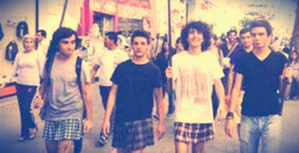 gonne-ragazzi-scuola Hayri Bas-turchia-protesta-tuttacronaca
