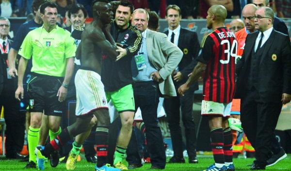 Milan-Napoli-1-2-Balotelli-espulso-tuttacronaca