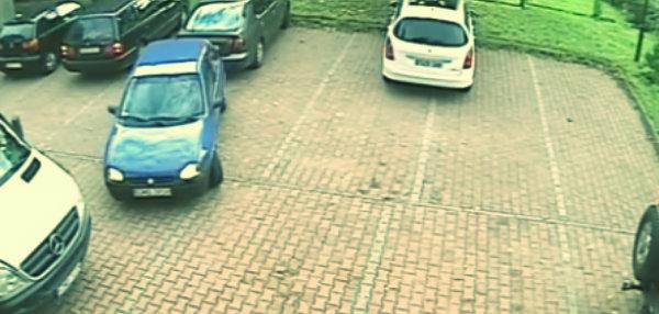 auto-parcheggio-tuttacronaca