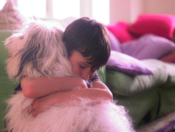 bambino-cane-tuttacronaca
