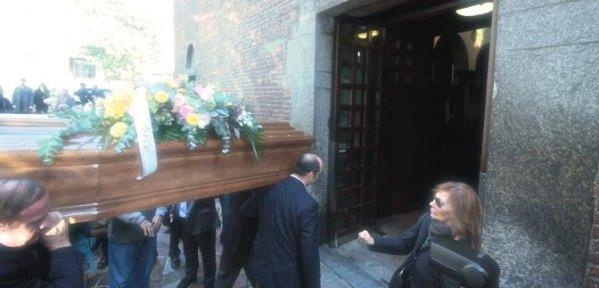 funerali-zuzzurro-tuttacronaca